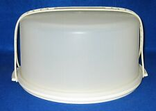 Vintage Tupperware #1256 Round CAKE Keeper  White