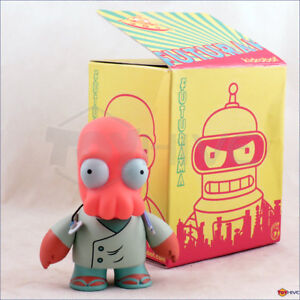 Kidrobot Futurama Dr. John Zoidberg 3-inch vinyl figure series 1 - displayed