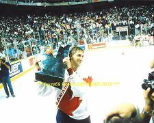 WAYNE GRETZKY Celebrates 1987 CANADA CUP Victory 8x10 Photo EDMONTON OILERS HOF