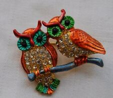Beautiful owl brooch with sparkly crystals two owls on a branch gold look B20