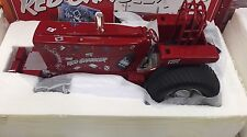 SPECCAST GOTTMAN INTERNATIONAL 1066 RED GAMBLER PULLING FARM TOY TRACTOR 1/16