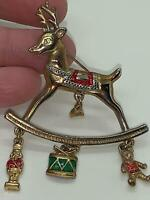 Christmas Reindeer with Gifts Vintage Gold Pin Brooch D-5836
