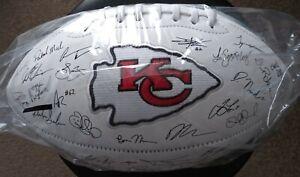 2019 Kansas City Chiefs NFL Team Roster Signature Superbowl Ball  💎