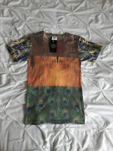 Hype Woman Peacock Feather Print T Shirt Top Size XS New