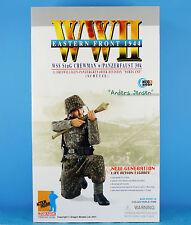 "DRAGON 1:6 FIGURE 12"" WW2 German Soldier Panzergrenadier Crewman Jensen 70780"