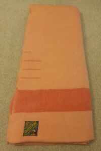 1960s Trapper Point Salmon colour 3.5 Point Wool Blanket // Made in England