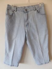 Lee Womens 16 M Light Wash Capris Pants Cotton Poly Spandex Used GUC