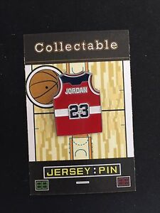 Chicago Bulls Michael Jordan jersey lapel pin-Washington Wizards-MJ's last team