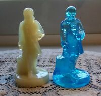 Vintage Boyd Art Glass blue & ivory Colonial Man Patriot Figurine lot of 2