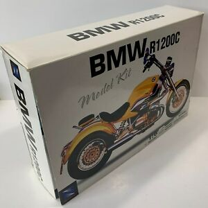 NewRay BMW R1200C Model Kit