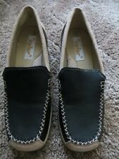 LADIES SIZE 5 100% LEATHER UPPER SHOES  BY DR KELLER - EX CON