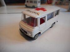 Guisval Mercedes Ambulance in White