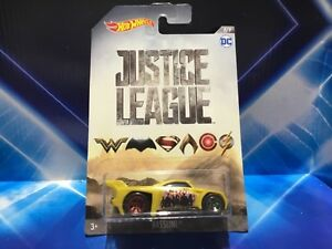 HOT WHEELS DC JUSTICE LEAGUE VEHICLE - BASSLINE - NEW ON CARD