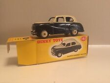 DINKY TOYS 161 AUSTIN SOMERSET SALOON IN ORIGINAL BOX