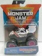 Monster Mutt Dalmatian (Danger Divas) 2020 Spin Master Monster Jam 1:64 Truck