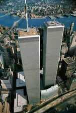 """NEW YORK CITY WORLD TRADE CENTER """"THE TWIN TOWERS"""" 8 X 10 PHOTO"""