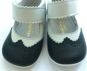 De Osu baby crib shoe navy and white leather spectator shoe
