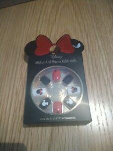 Disney Mickey And Minnie False Nails