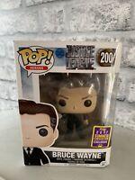 Funko Pop Vinyl Figure Justice League #200 Bruce Wayne 2017 Summer Convention