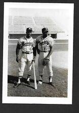 Hank Aaron BRAVES UNSIGNED  3-1/2 x 5-1/8 ORIGINAL TYPE 1 B&W SNAPSHOT PHOTO #12