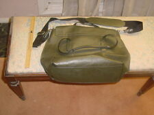 Kenneth Cole Reaction handbat 17x12x5 inches Deep Green Shoulder strap + grips