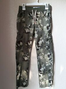 NWOT Old Navy Girls Green Leaf Camo Like Print Cotton Cargo Pants Size 8