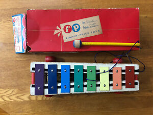Vintage Fisher Price Pull-A-Tune Xylophone With Box #870 Works Well E. Aurora NY
