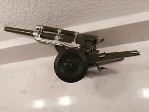 1950s LOUIS MARX TOY PLASTIC ARMY HOWITZER