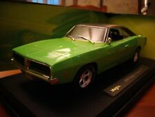 1/18 Dodge Charger R/T V8 Coupe 1969 New in Box Classic Muscle Fast Green