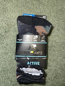 Russell Performance Active Boys Crew Socks 3-pairs Camo Black Gray Size Small
