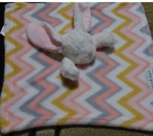 Blankets and Beyond white Bunny Baby Security Blanket Zigzag Chevron Print HTF