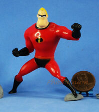 Disney The Incredibles Mr. Incredible Bob Parr Figure Statue Model Diorama A423