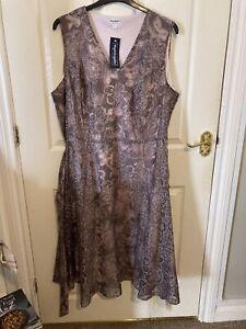 NIGHTINGALES Mocha lace overlay lined dress and matching jacket size 26 Nwt