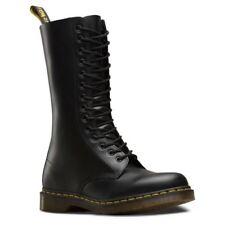 Stivali , anfibi e scarponcini da uomo stivali militanti marca Dr . Martens