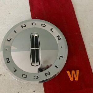 #W (1)  Lincoln Town Car MKZ  CHROME Center Cap  4W13  3w13-1a096-ca