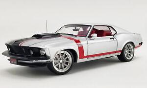 1:18 Scale 1969 Ford Mustang BOSS 302 Street Fighter – Redline