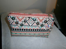 CLAIRE'S  MAKE UP BAG/COSMETIC BAG/BIRTHDAY/HOLIDAYS/Party/gift/FOR GIRL/Festive