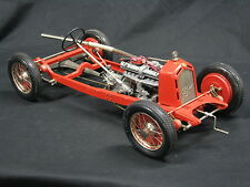 Pocher Alfa Romeo 8C 2300 Monza 1931 Chasis 1:8 Red (Built Kit)