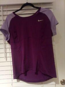 Nike Semi Fitted Large  Athletic Shirt  Size XLarge