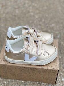 Veja Kids Small Esplar Strap Platine/White size 26 US Kids 9.5 Toddler