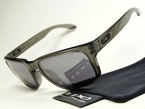 Oakley Holbrook Grey Smoke Black Sonnenbrille Sportbrille Anorak Sliver Twoface