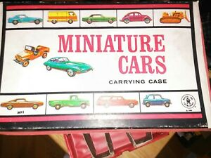 1966 Matchbox  Miniature Cars Carrying Case/Handle Two Trays Mattel Toy Makers