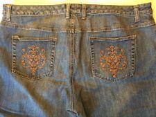 5fac31c65d4 Venezia Capris Size 22 Embroidered Pockets Medium Wash Denim