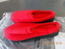 NIB New Men's Red Slide House shoes slippers -Size 9 10 (XL)