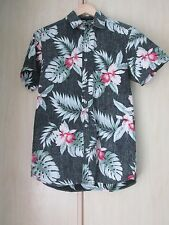 FLORAL HAWAIIAN STYLE COTTON SHORT SLEEVE SUMMER SHIRT SIZE XS (LOOSE FIT)