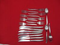 VTG 18 PC SUPERIOR STAINLESS SILVERWARE FLATWARE SPOON FORK BUTTER KNIFE DINNER
