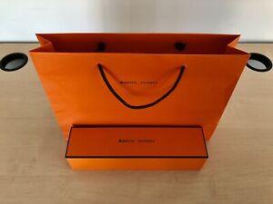 Apple Watch Hermès Shopping Bag (15''X11''X3.4'') & Empty Box (11.25''X3''X3'')