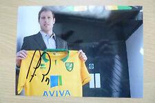 Color firmado imágenes-Luciano Becchio, futbolista argentino profesional (5x7)