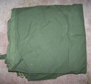 PUP TENT SHELTER HALF, OD GREEN, SNAP STYLE, 1976 DATED, U.S. ISSUE *NICE*