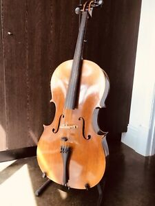 Full Size Cello - Beautiful Sound, as new Condition. Includes Premium Bow.